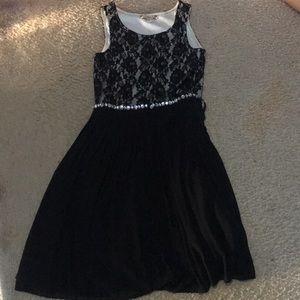 A Elegant Black Dress